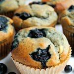 gluten-free banana blueberry muffins | mamaknowsglutenfree.com