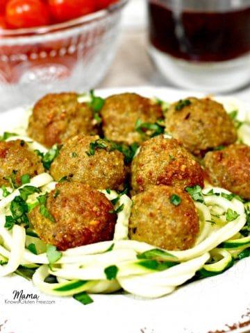 Paleo Pesto Turkey Meatballs with zucchini noodles