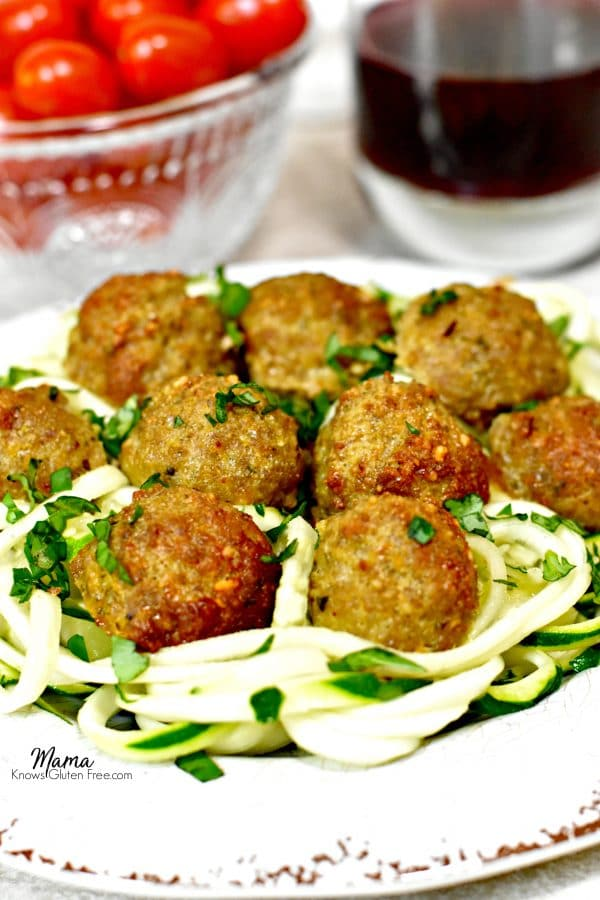 Paleo Pesto Turkey Meatballs with zucchini noodles