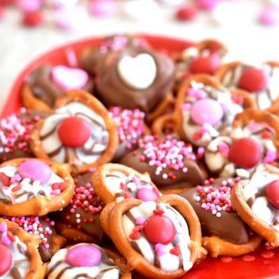 Gluten-Free Chocolate Covered Pretzels for Valentine's Day