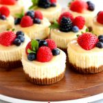 gluten-free mini cheese cakes Pinterest pin 1-b